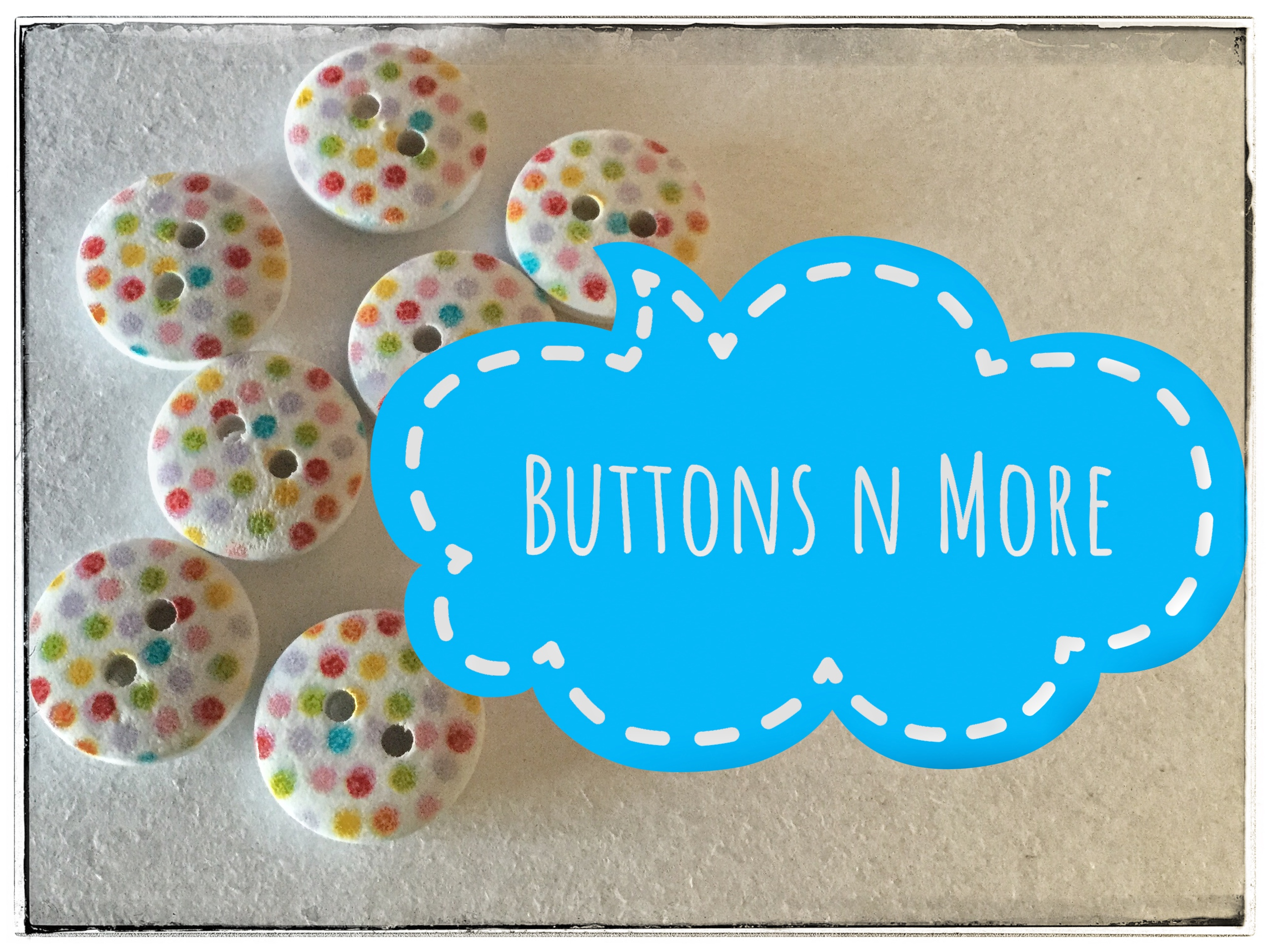 Buttonsnmore